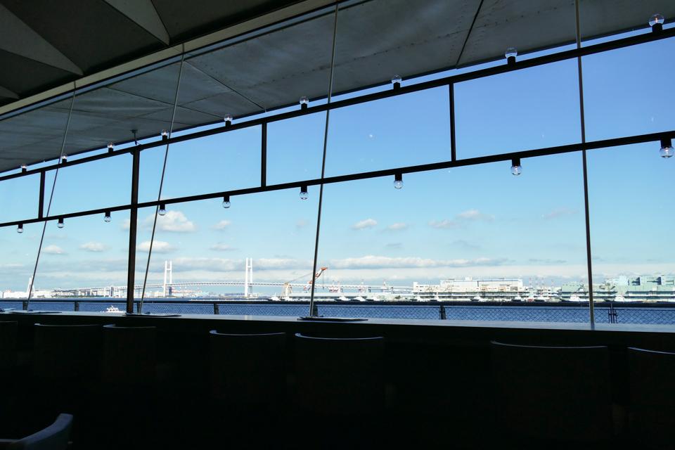 カフェ アンド ダイニング ブルーターミナルからの風景