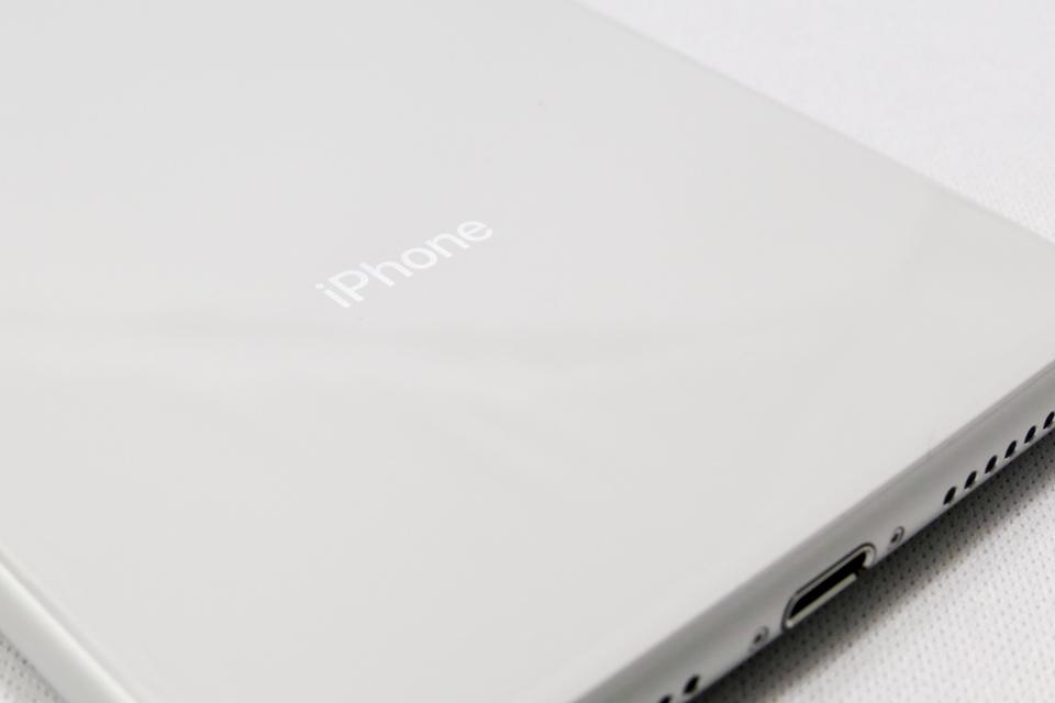 iPhone8 Plusの背面表示