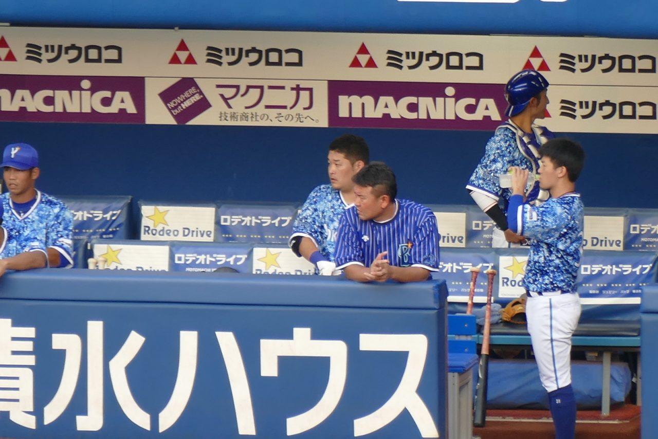 横浜スターナイト2018のベンチ