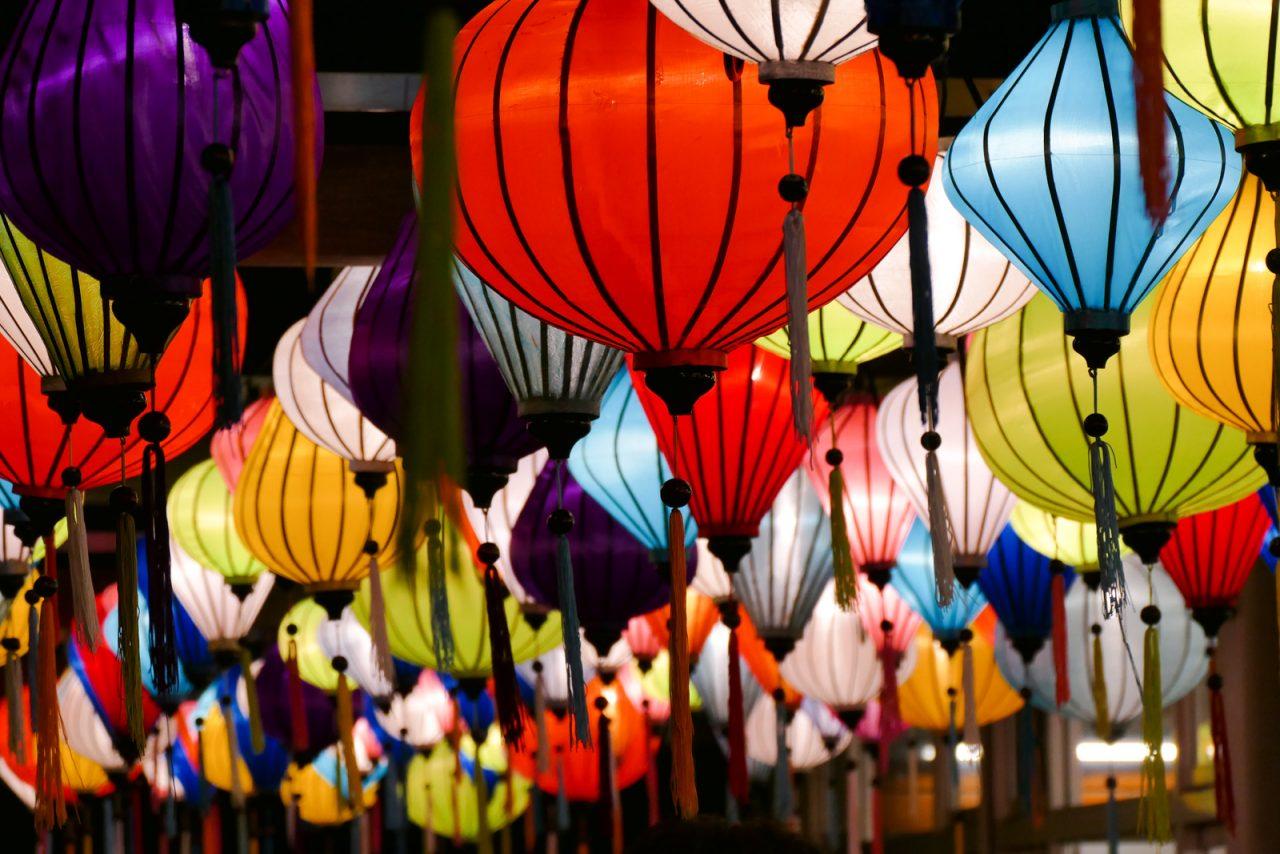 ナイトズーラシアの夜市(ベトナムランタン)